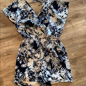 Women's blue tropical short romper. Size M